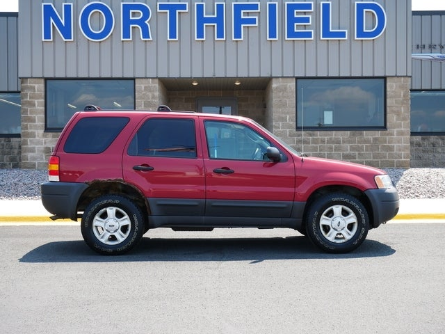 Used 2004 Ford Escape XLT with VIN 1FMYU93184KB11224 for sale in Northfield, Minnesota