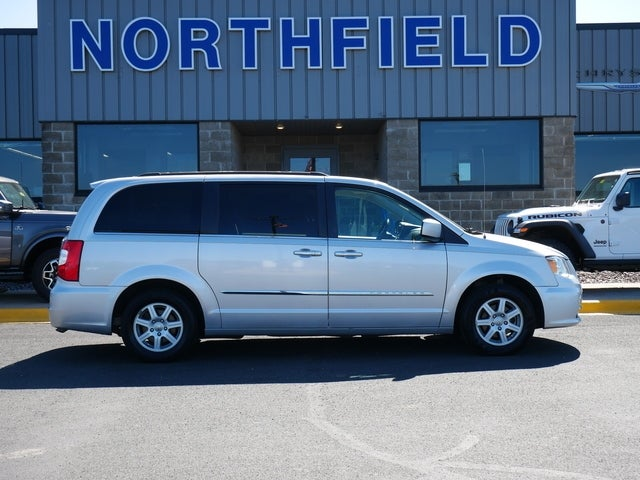 Used 2011 Chrysler Town & Country Touring with VIN 2A4RR5DG6BR682211 for sale in Northfield, Minnesota
